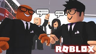 I'M RUNNING A MILLION DOLLAR BUSINESS IN ROBLOX (Roblox Business Simulator)