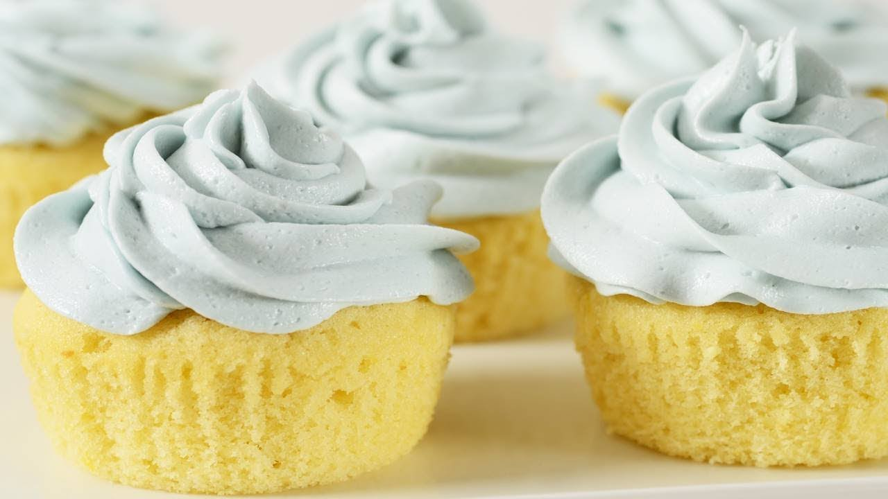 The BEST Carrot Cake You'll Ever Make - FACT! | Cupcake Jemma GIF ...