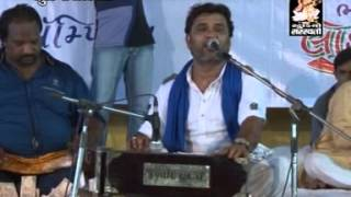 Kirtidan Gadhvi PUNE live 1 3 | Ori Sakhi Mangal Gao Ri | Popular Gujarati Live Dayaro