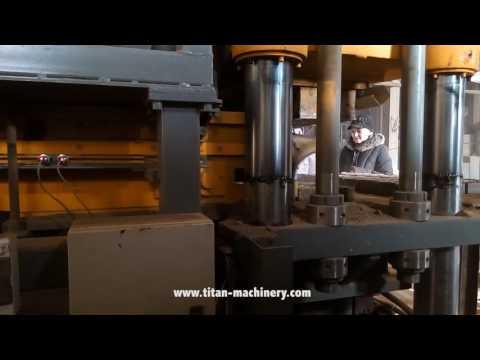 Пресс для формования кирпичей из глины