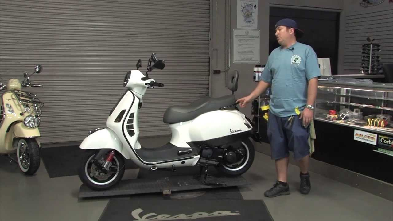 Tricked Out Accessories >> 2013 Vespa GTS Super Tricked Out with Carbon Fiber! - YouTube