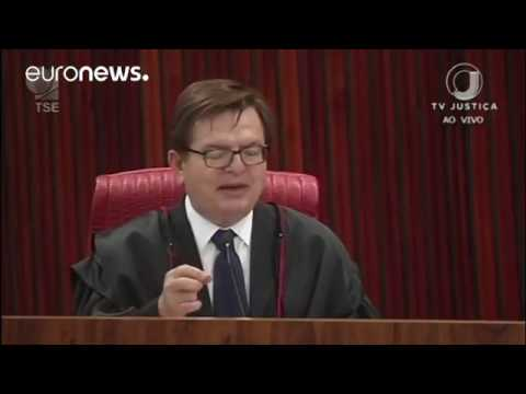 Brasilien Richter lassen Präsident Michel Temer im Amt