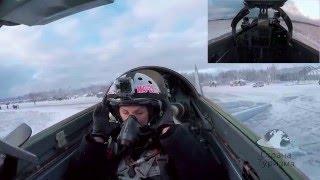 Невероятный полет красавицы из России на истребителе Миг-29!(Захватывающий полет на истребителе Миг-29 в Стратосферу, и высший пилотаж над Землей! Такой подарок подарил..., 2016-01-22T19:04:03.000Z)