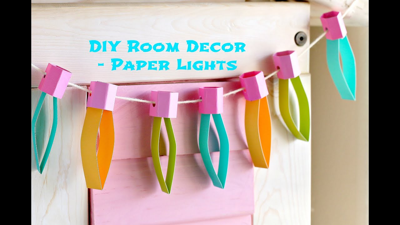 Easy christmas craft idea paper lights munchkin time for Room decor ideas 5 minute crafts