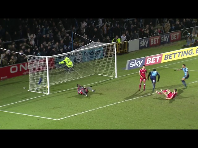 Highlights: Wycombe 3-2 Swindon