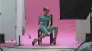 Gianluca Grignani - Bella ( una chica normal)