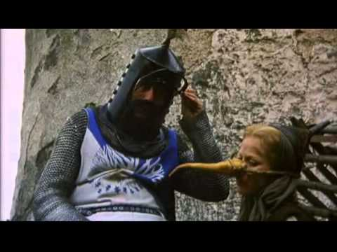 Grandes escenas del cine 3 es una bruja los for Caballeros de la mesa cuadrada