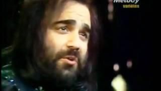 Смотреть клип песни: Demis Roussos - Loving Arms
