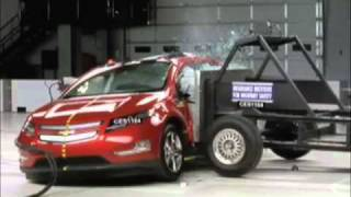2011 Chevrolet Volt front and side crash tests
