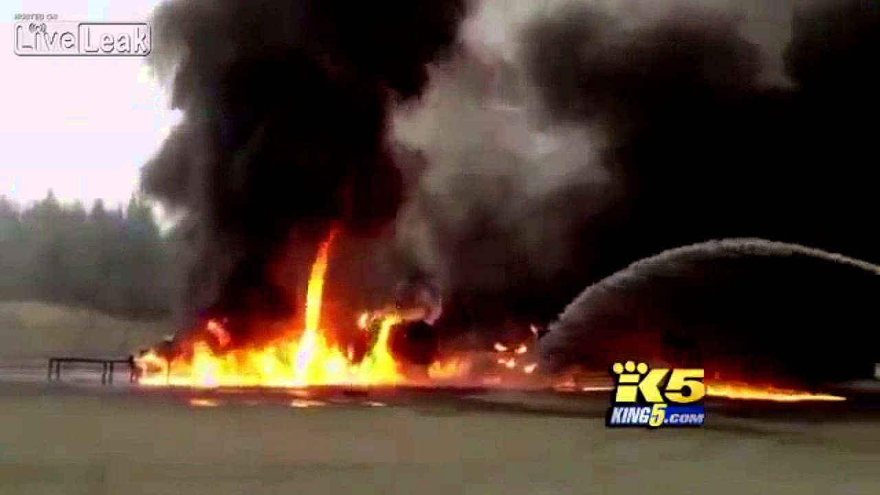 Firefighters mistakenly pump jet fuel on fire instead of water | Fail