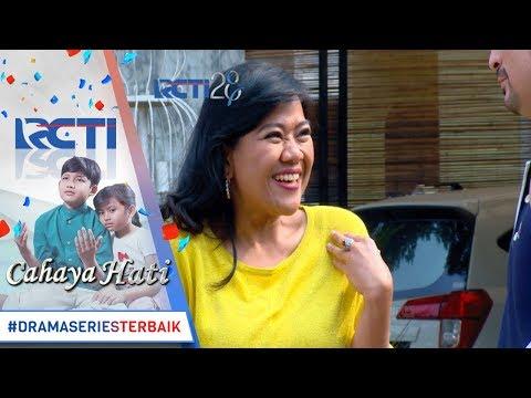 CAHAYA HATI - Ahaay Alia Nempel Terus Nih Ke Barong [16 Agustus 2017]