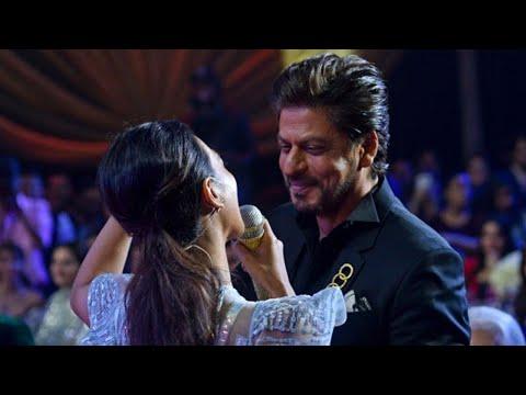 Shah Rukh Khan Charms Radhika Apte With An Impromptu Ball Dance
