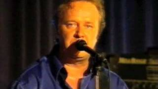 Agents & Jorma Kääriäinen - Illan varjoon himmeään (Live)