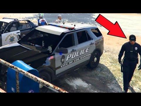 GTA 5 FiveM RP - I Got KICKED For This... LOL - POLICE vs Truck