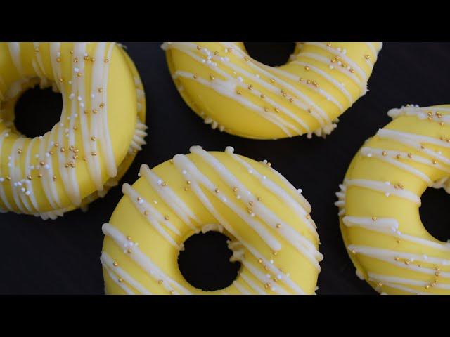 Making Lemon Donut Cold Process Soaps