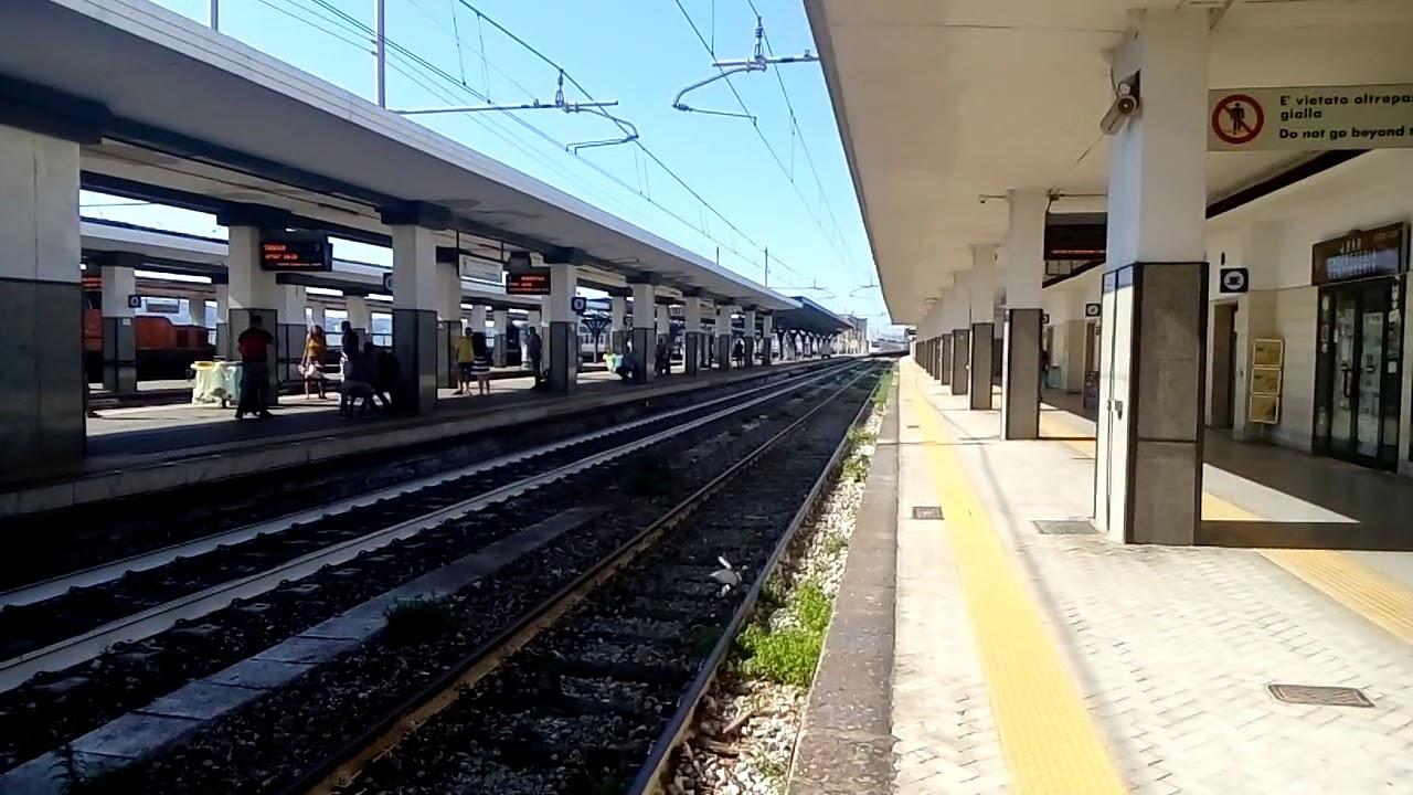 Transito Treno Freccia bianca Reggio Calabria Centrale ...