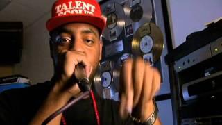 Incredible human beat box Faahz-D.J. Remix micheal jackson,usher,white stripes
