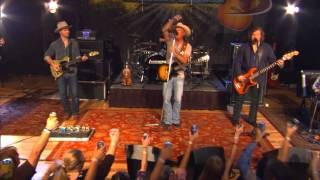 "Kevin Fowler performs ""Here's To Me And You"" on the Texas Music Scene"