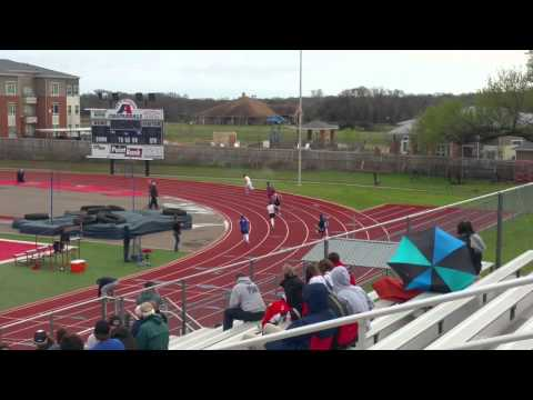 Varsity 400m relay @ Aubrey High School