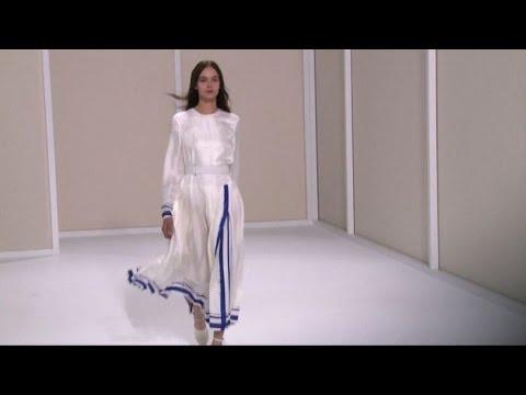 L eleganza e il minimalismo di Hermes ef4274037b2