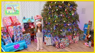 Christmas Morning 2017 Opening Christmas Presents & Surprise Toys Haul