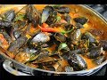 Mussels in a Spicy White Wine Tomato Sauce | CaribbeanPot.com