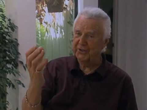 Don Pardo on flubbing the first SNL open - EMMYTVLEGENDS.ORG