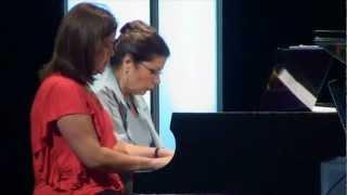 Tres generaciones, una pasión. Geraldina Baca, Katya Braun Valle, Nicolás Pellecer at TEDxUFM 2012