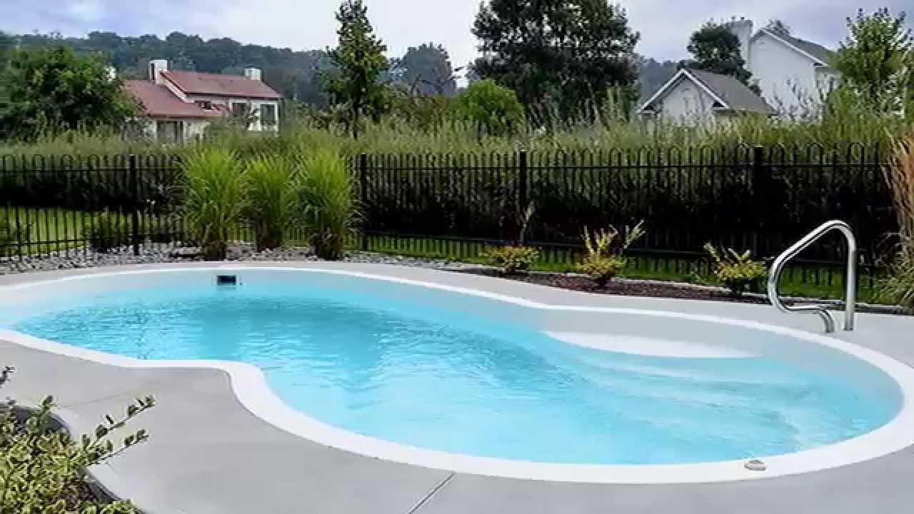 piscines creus es en fibre r alisations youtube. Black Bedroom Furniture Sets. Home Design Ideas