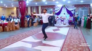 Братья Байрамовы на свадьбе... Танец
