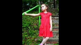Платье детское вязаное, воротник, широкая ажурная юбка, бусы и сумка(, 2017-09-24T13:36:27.000Z)