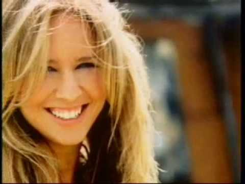 Lucie Silvas - Breathe in (EPK)
