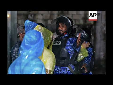Former Maldives president arrested as political crisis escalates