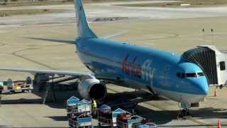 vliegangst? niet nodig hoor kijk maar.Arkefly Boeing 737 800 (PH-TFB) Bodrum Amsterdam 08-10-2013