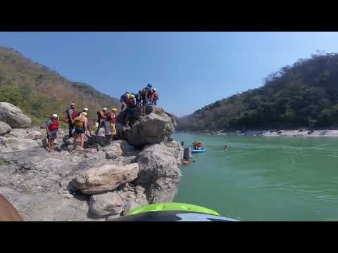 Cliff Jumping in Ganges River - Rishikesh