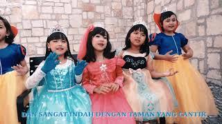 Download Lagu PUTRI RAJA singer Novita Family ( Little Princess) ciptaan Novita Pratika mp3