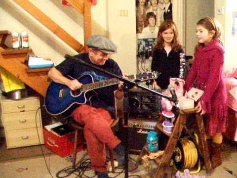 The Beatles - Revolution 9 - Acoustic Cover - Danny McEvoy, Jazzy and Ellie.