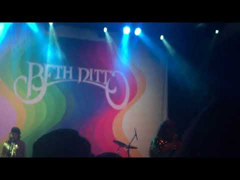 Beth Ditto - Open Heart Surgery - Live in DC at 9:30 Club mp3
