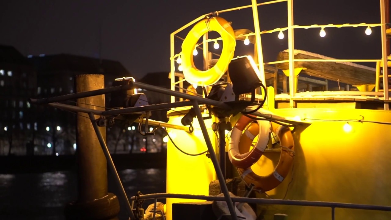 Tugboat Captain - Tamesis Dock (a gig on a boat)