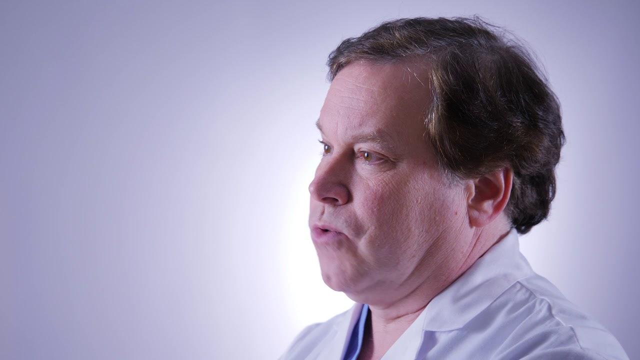 Dr. Taylor discusses robotic surgery on the mediastinum