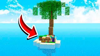 SURVIVING ON A STRANDED ISLAND IN MINECRAFT!