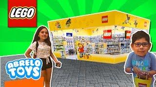 Tienda de Lego La Mas Grande que hemos visto! Vacaciones en Francia Tienda Lego Abrelo Toys vlog 22