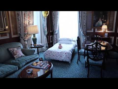 The Lanesborough's Buckhinham suite (the second-highest grade suite in the hotel)