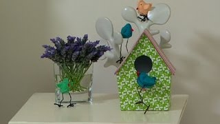 Better Homes And Gardens - Decorating: Spring Bird And Birdhouse