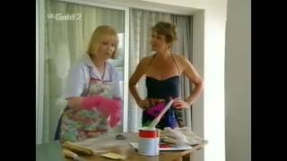 eld woman in pink rubber gloves 2