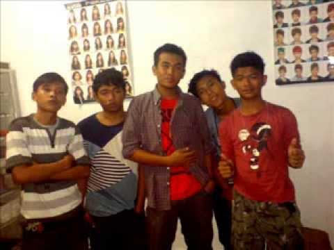 tipe x boy band perbaungan (by riki sadega) Travel Video