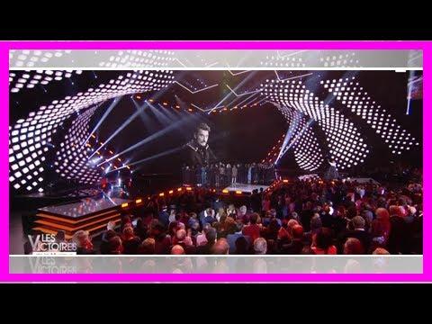 VIDÉO – Sébastien Farran, le manager de Johnny Hallyday fond en larmes aux Victoires de la musi