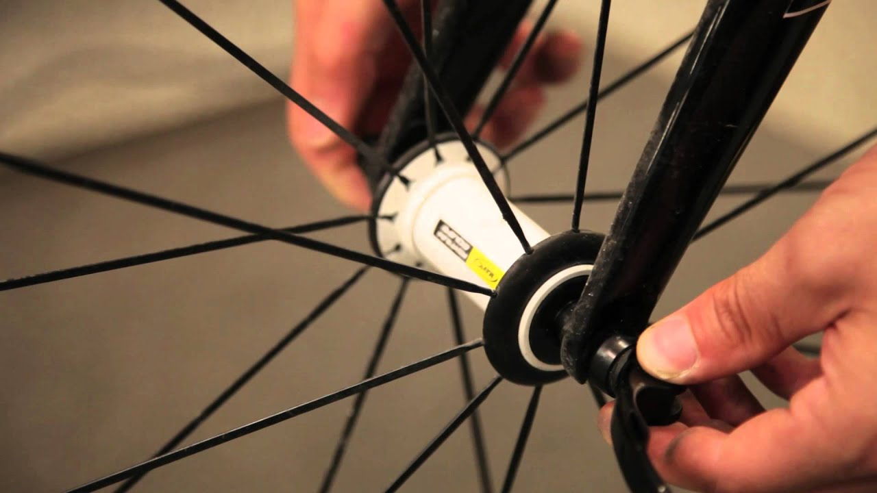 Src How To Remove Your Front Wheel On Your Bicycle Youtube