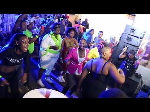 Zinhle Ngidi & Trademark perform @Dj Divalash birthday Party Zygoz  2015