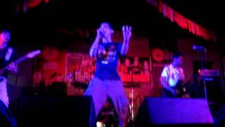 Barely Legal - Pilit (Live)